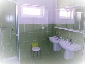Kúpeľňa dole